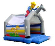 Inflatable Go Hunting Bouncer BOU-163-2