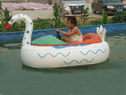 Inflatable bumper boat in white Swan design for Kids Water Sports