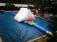 Gigantic Inflatable Climbing Iceberg Water Toys for Sale