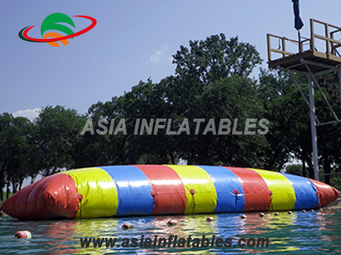 Inflatable Water Jumping Blob For Water Game