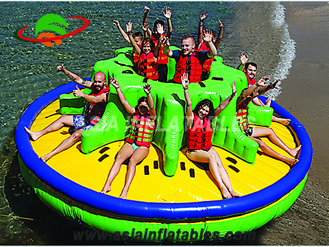 New design commercial inflatable disco boat, rotating towable disco boat