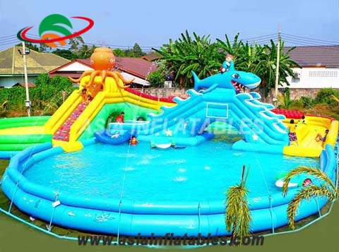 Outdoor Inflatable Watersports Waterpark With Pool and Slide For Kids And Adults