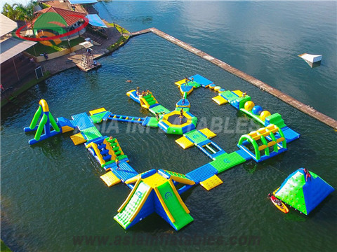 giant 250 people inflatable water park for beach resort. Black Bedroom Furniture Sets. Home Design Ideas